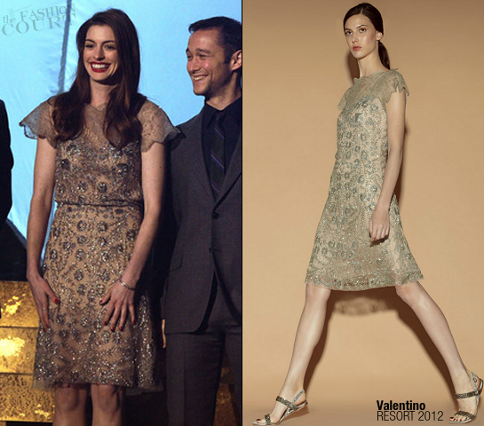 Anne Hathaway in Valentino | SCREAM 2011 Awards